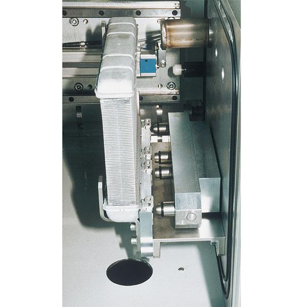 Sie sehen Bilder vom Artikel: Integral helium leak testing equipment for Heat exchangers